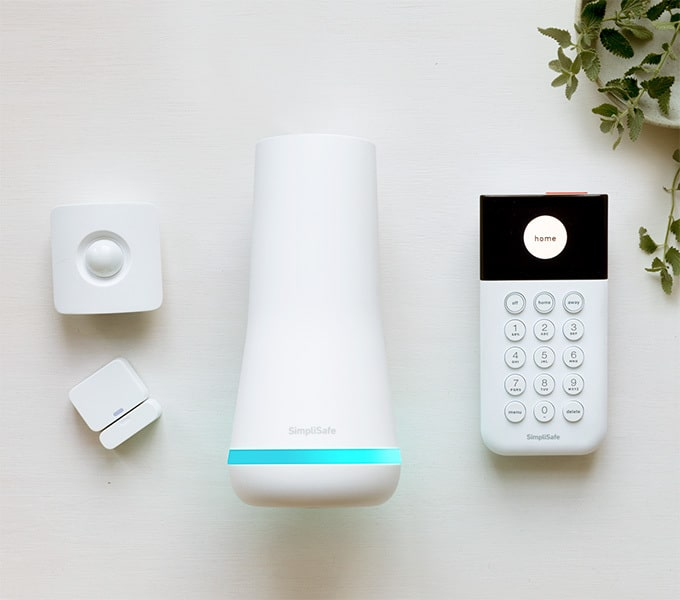SimpliSafe The Foundation Package