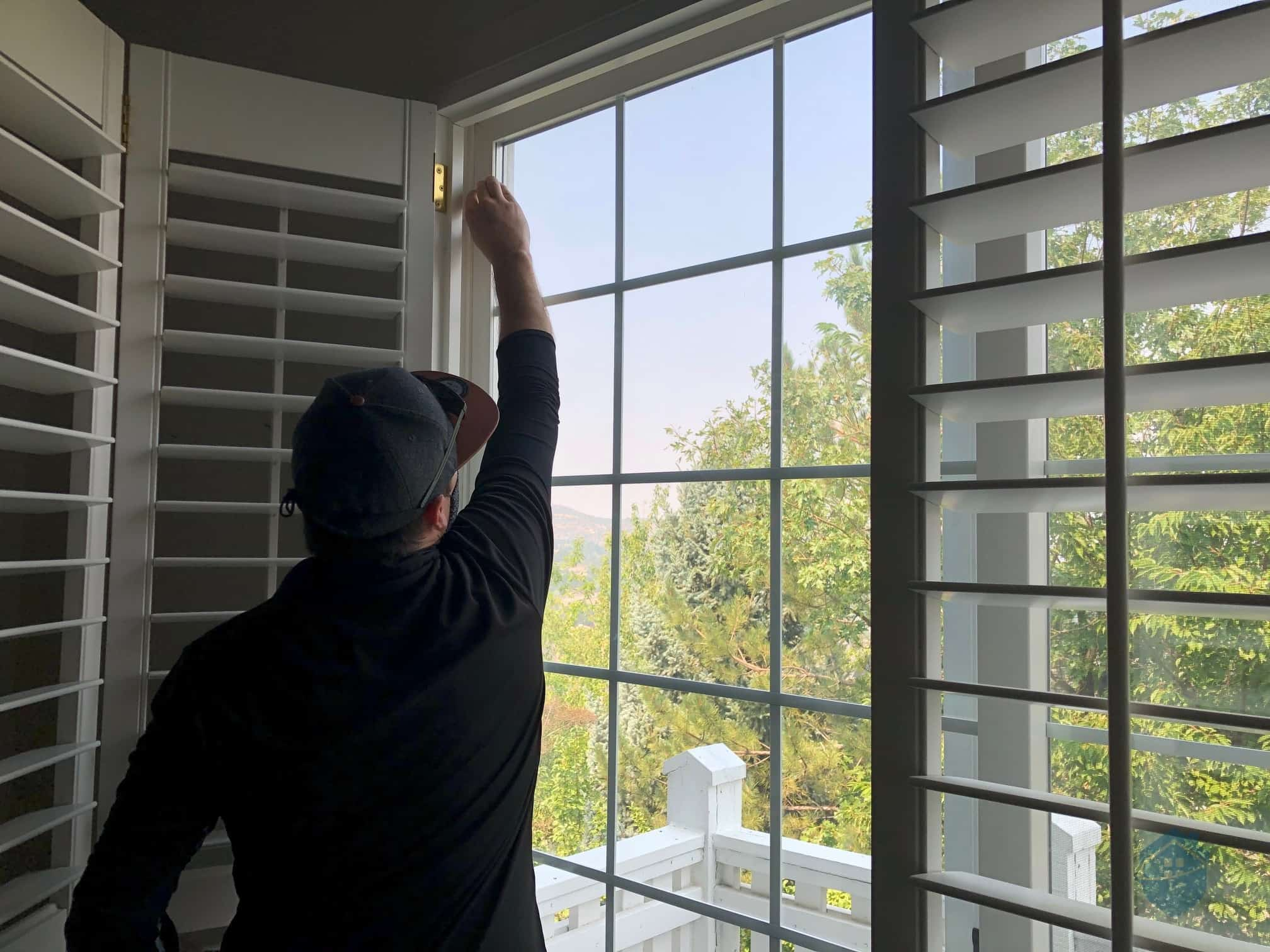 Installing Vivint Window Sensor