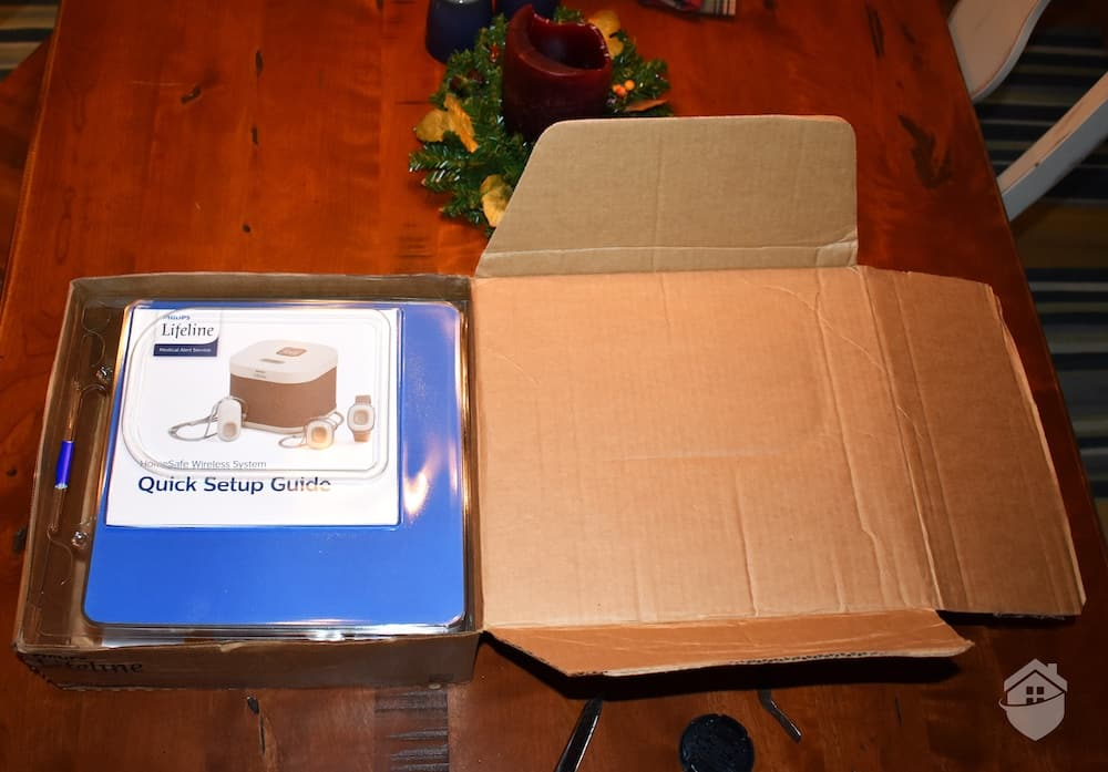 Opening the Philips Homesafe Box