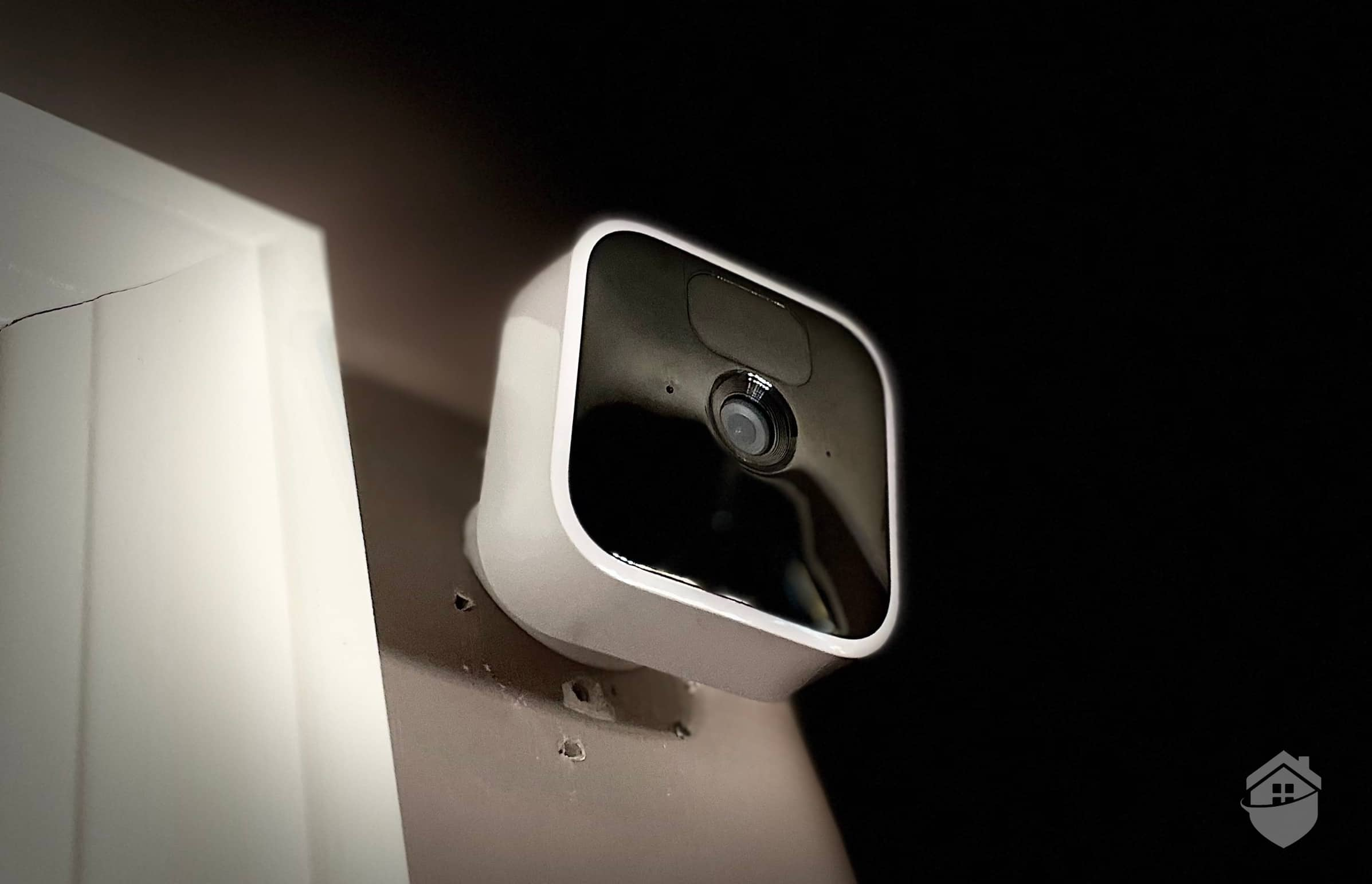 Blink Indoor - Mounted on Wall