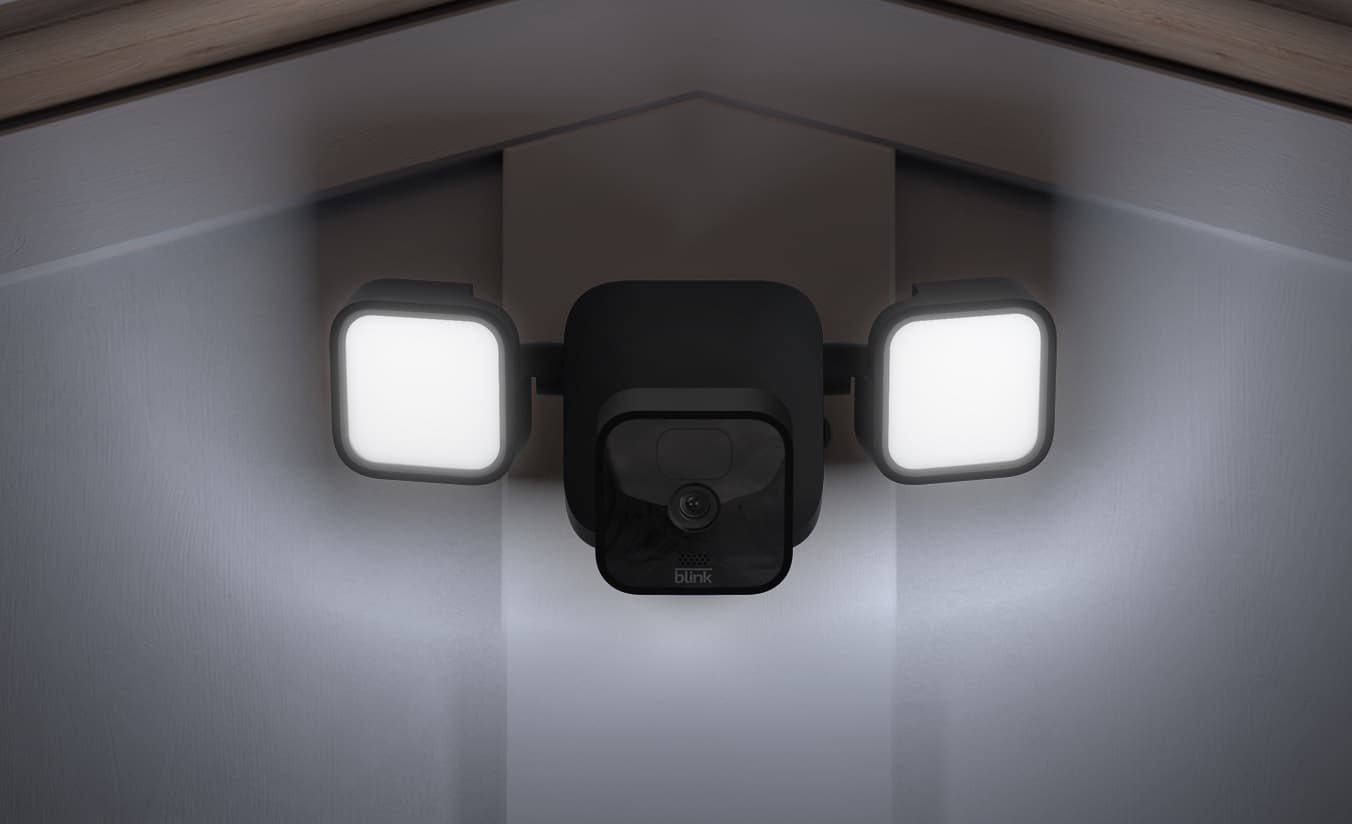Blink Floodlight Mount with Blink Outdoor